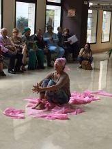 África Moreno, bailando el día de lucha contra el cáncer de mama, invitada por la AECC de Murcia. Photo by © África Moreno